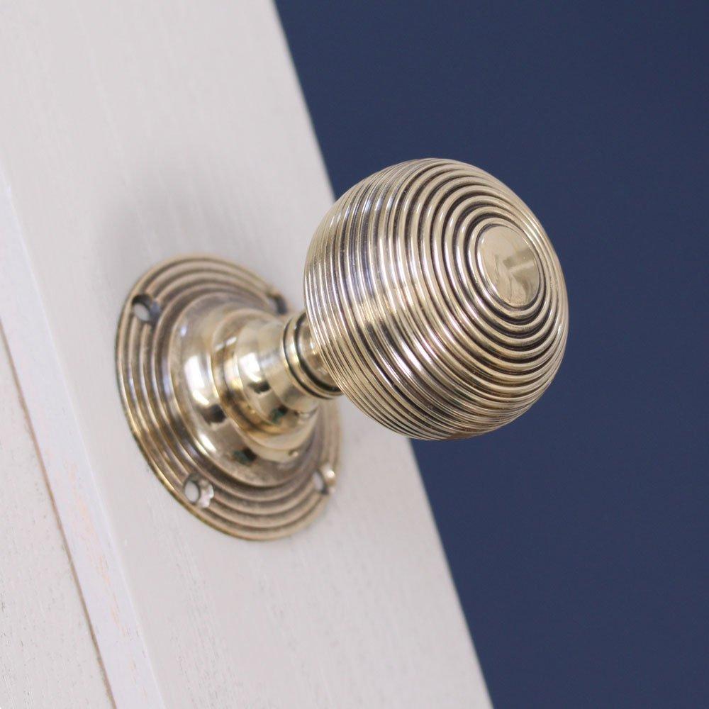 beehive door knob photo - 9