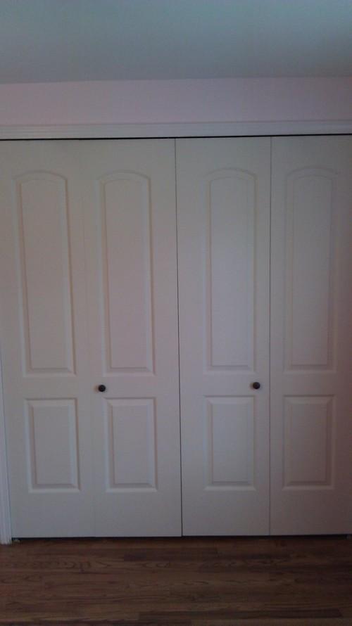 bifold door knob placement photo - 1
