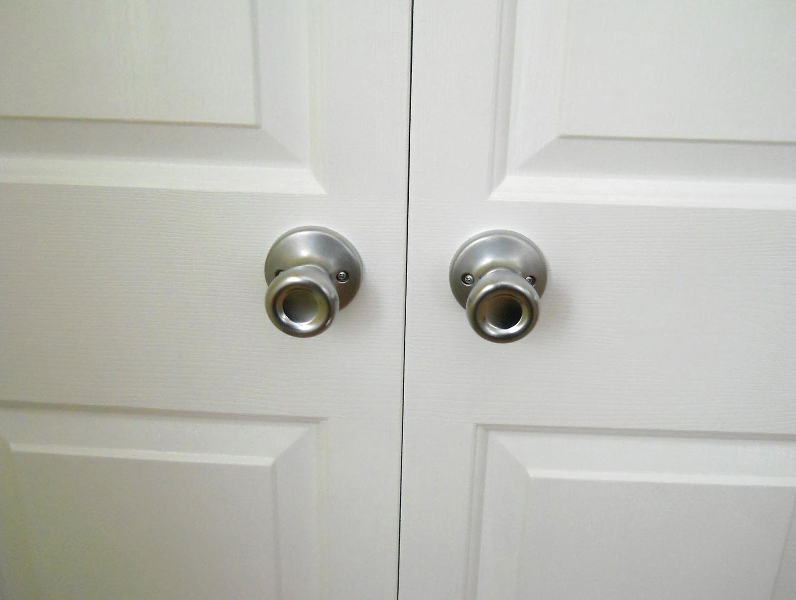 bifold door knobs photo - 6