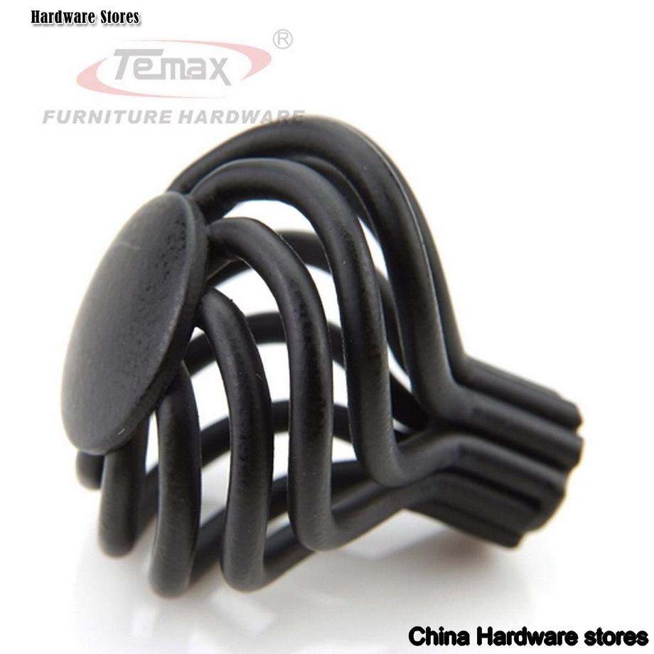 black kitchen door knobs photo - 1