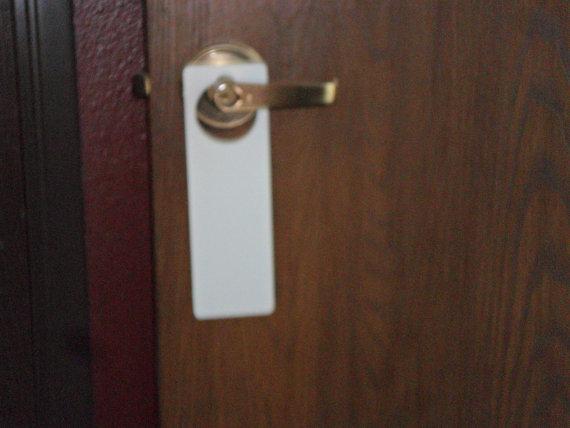 blank door knob hangers photo - 10