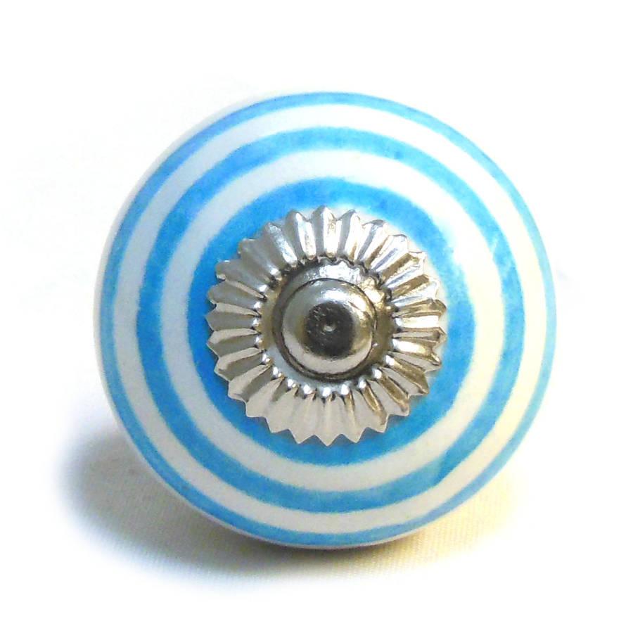 blue door knob photo - 9