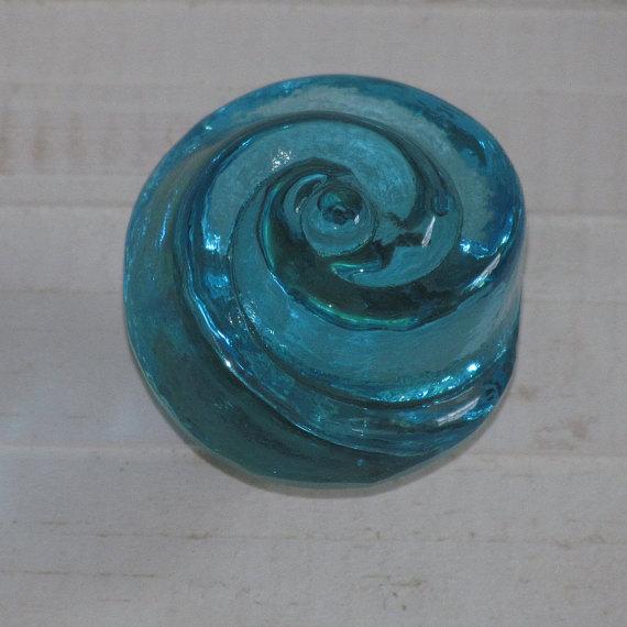 blue glass door knob photo - 15
