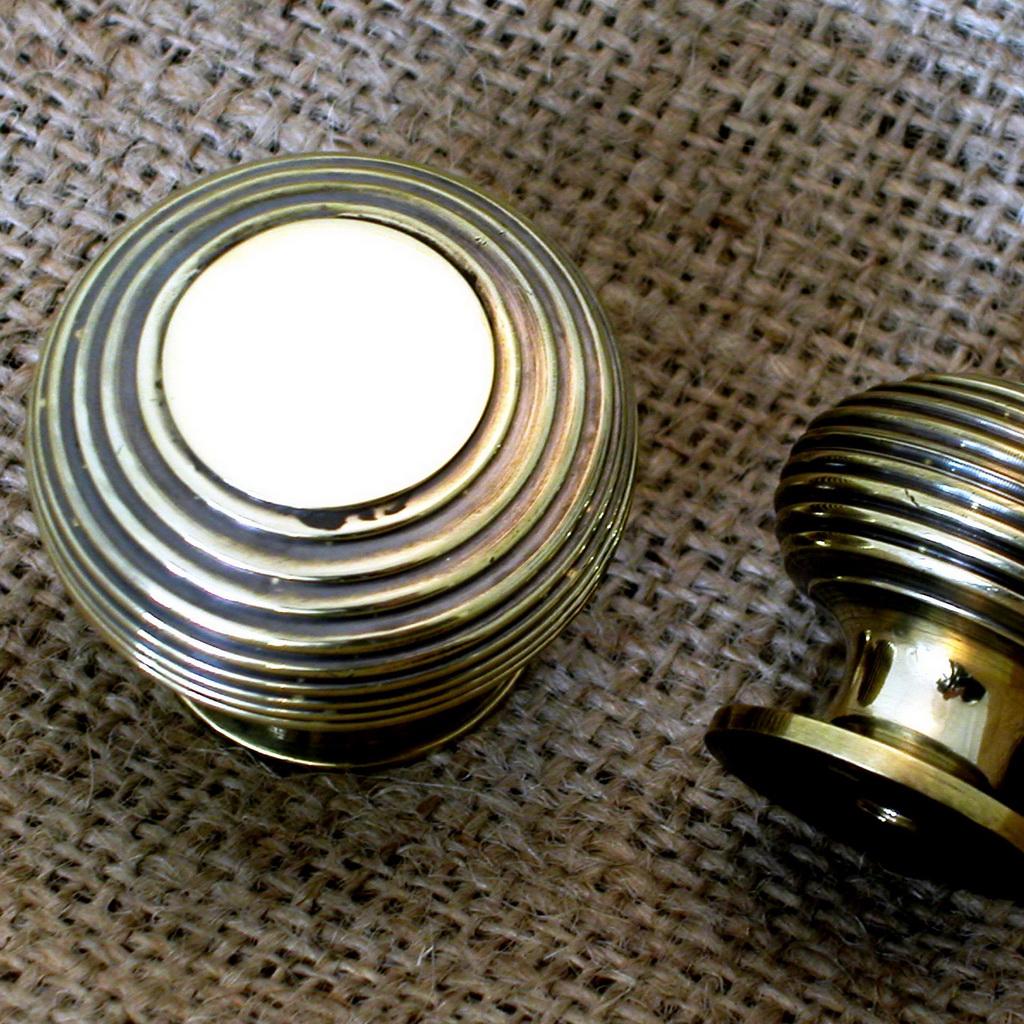 brass cupboard door knobs photo - 18