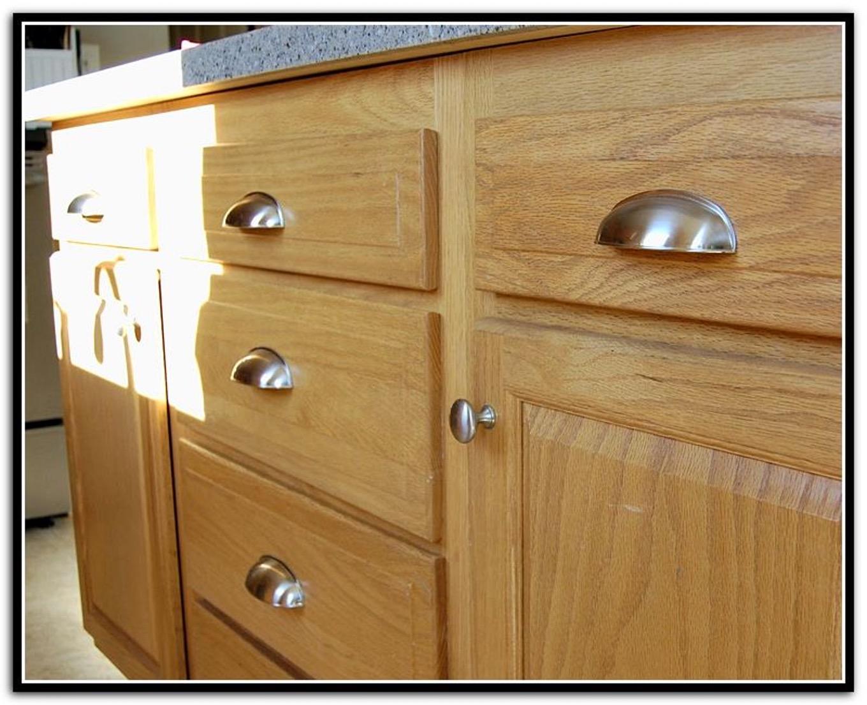 cabinet door knob location photo - 11