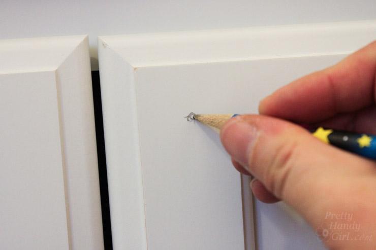 cabinet door knob location photo - 9