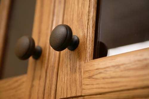 cabinet door knobs photo - 19