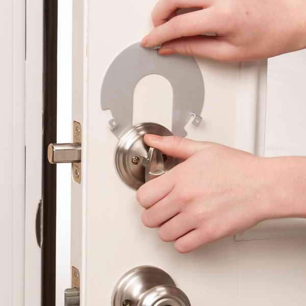 child proof door knobs photo - 4