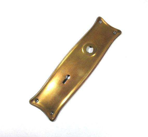 clean brass door knob photo - 13