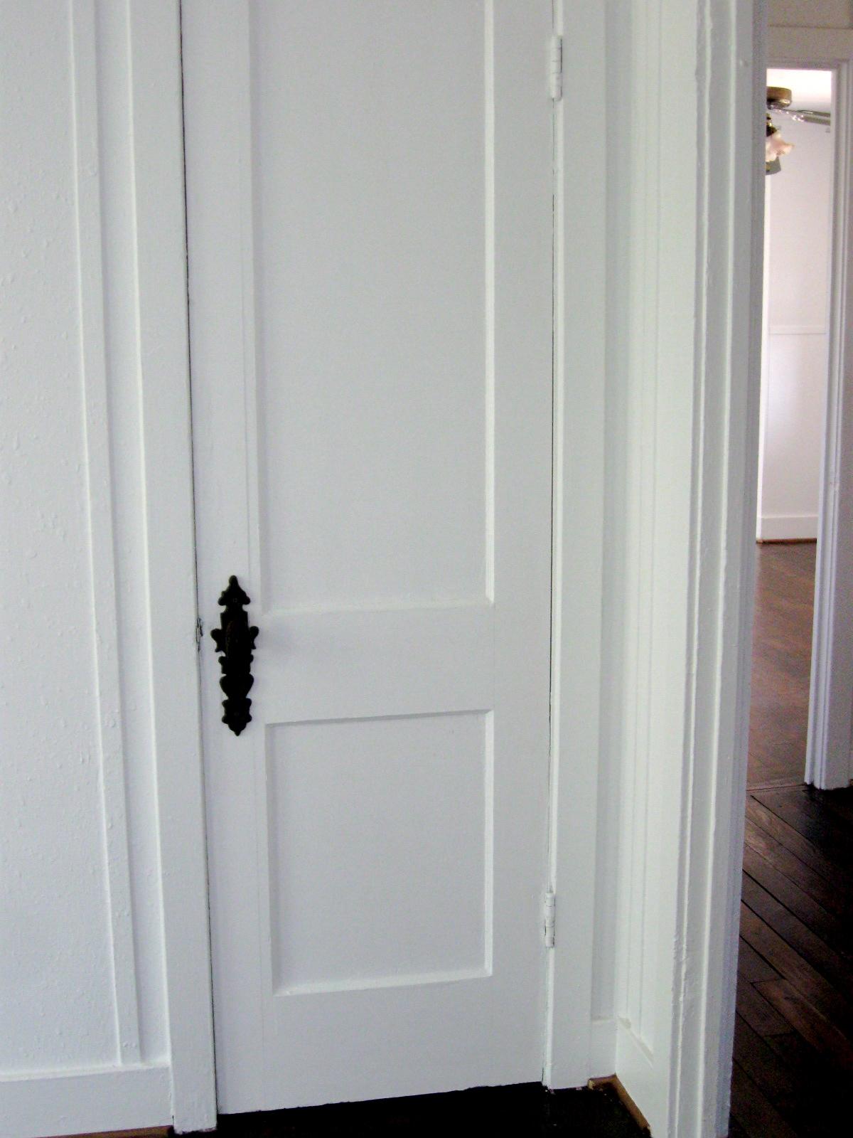 closet door knob photo - 7