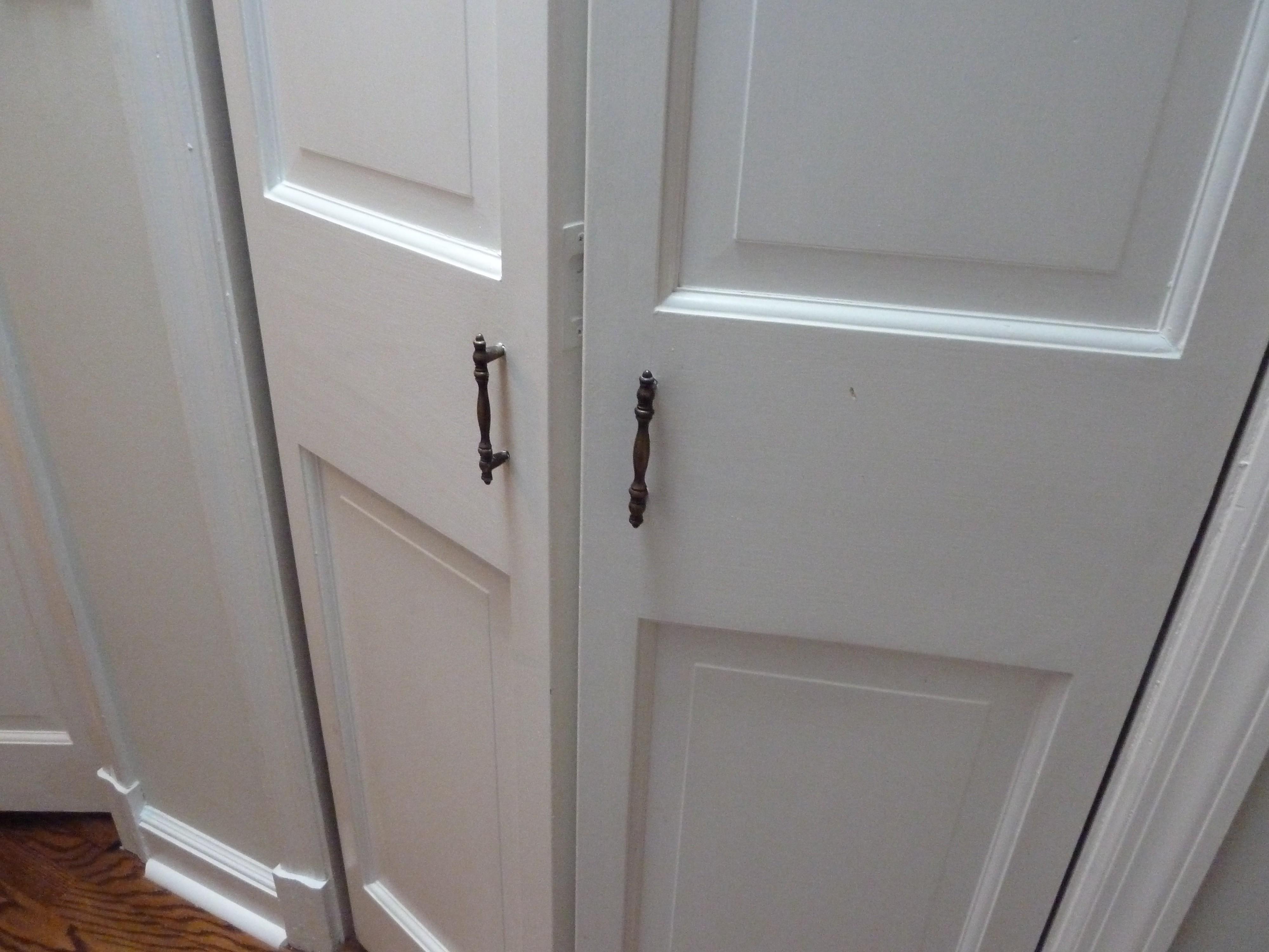 closet door knobs photo - 20
