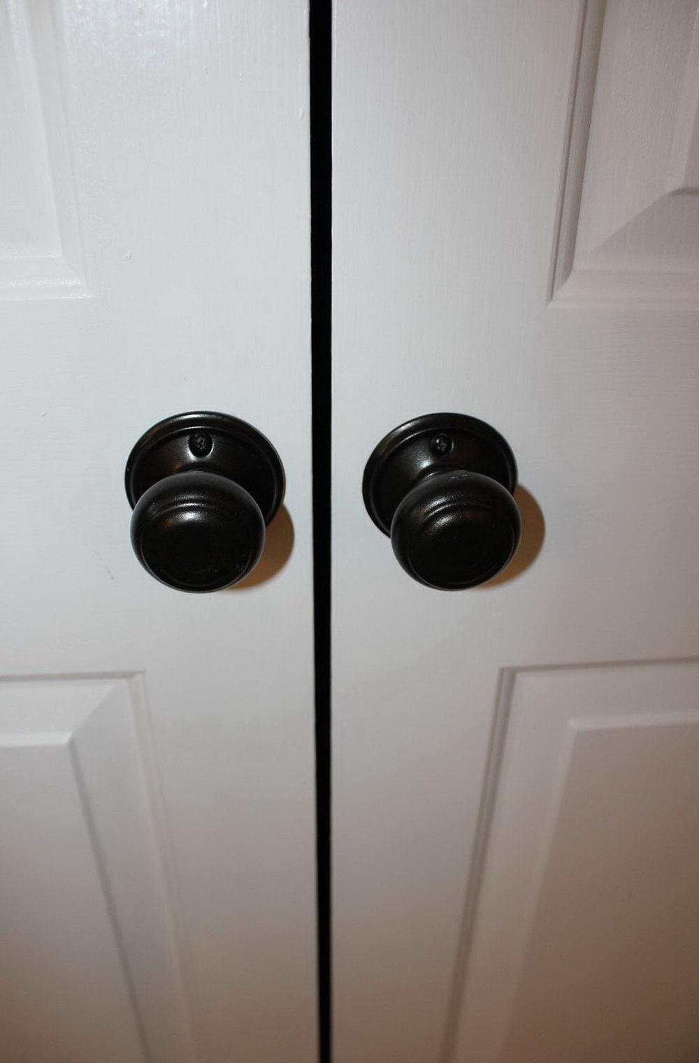 closet door knobs decorative photo - 9