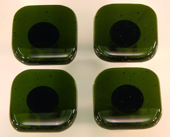 colored door knobs photo - 20