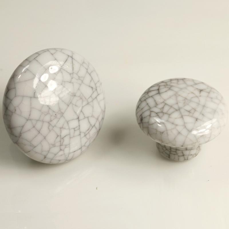 crackle glaze door knobs photo - 1