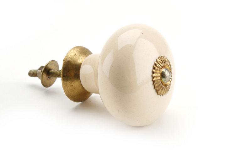 cream ceramic door knobs photo - 5
