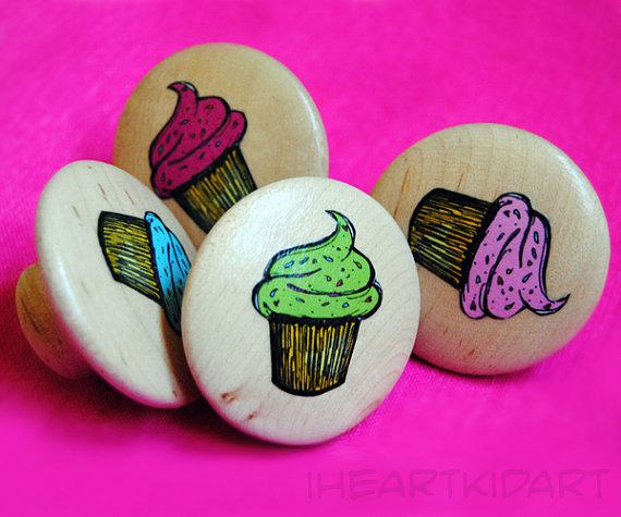 cupcake door knobs photo - 4
