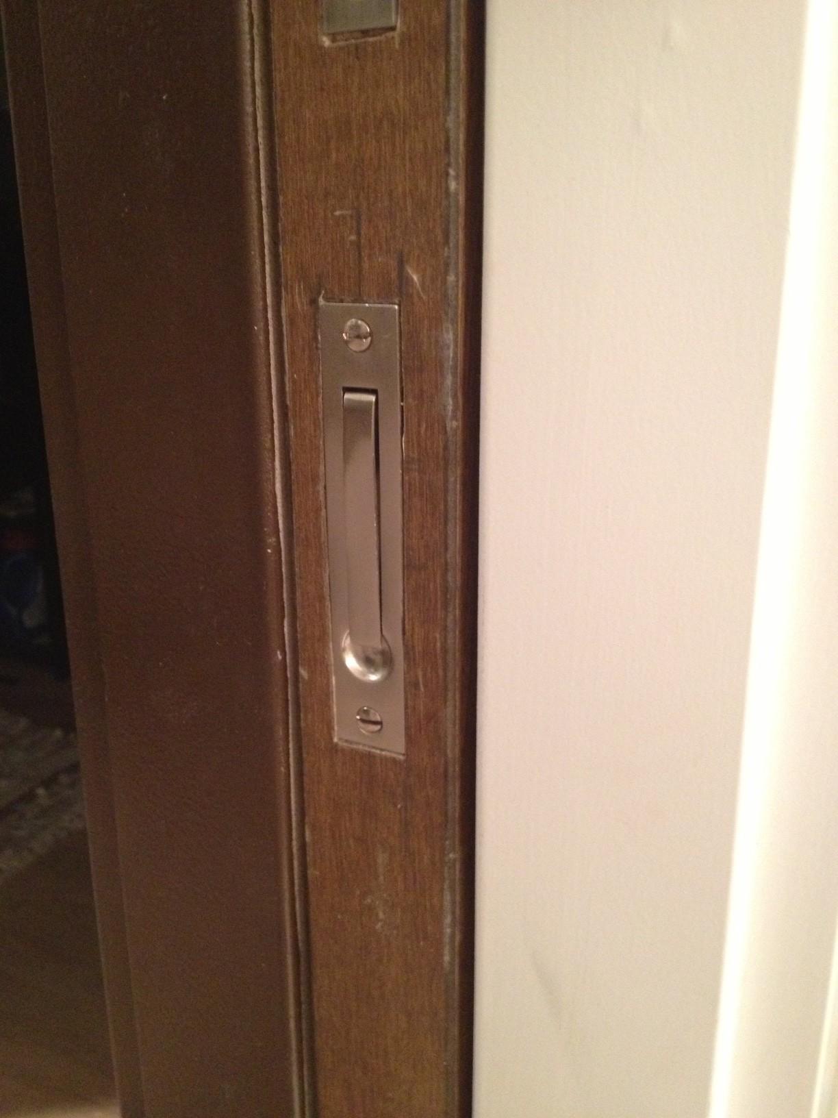 dexter door knob removal photo - 11