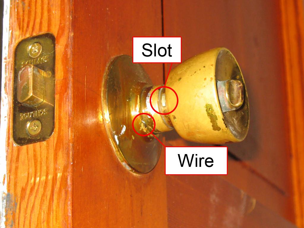 dexter door knob removal photo - 9