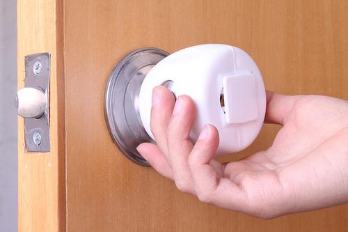 door knob child safety photo - 14