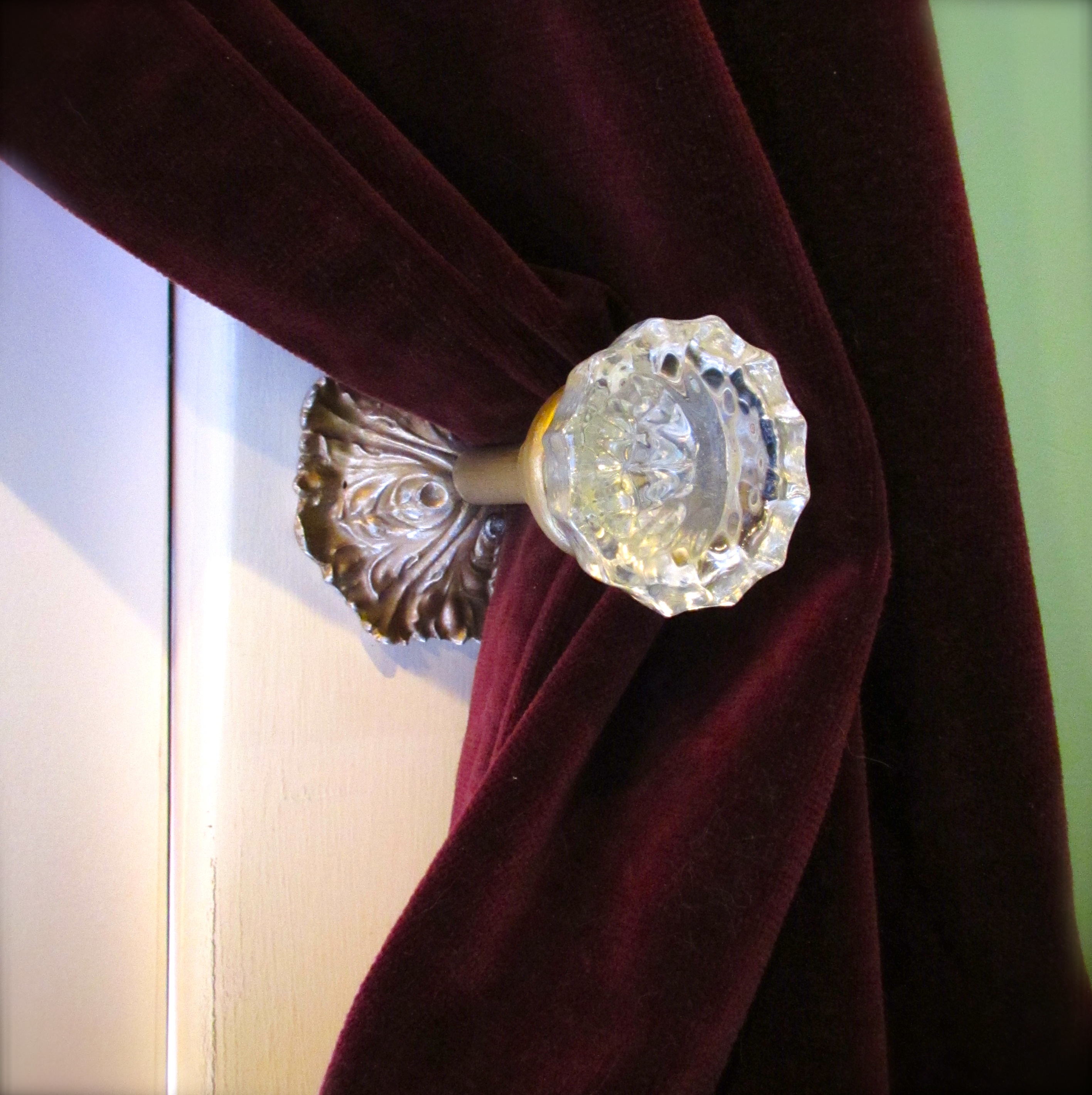 door knob curtain tie back photo - 9