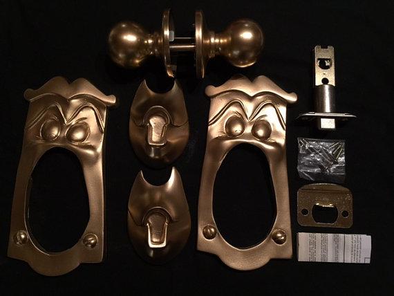 door knob game photo - 10