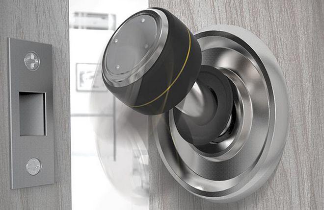 door knob game photo - 5