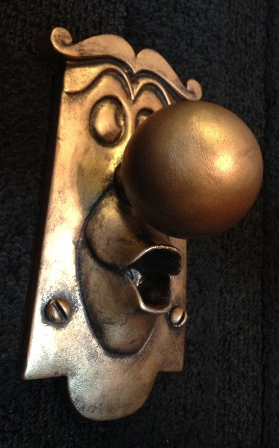 door knob game photo - 6
