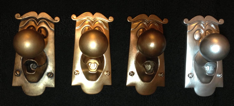 door knob game photo - 7