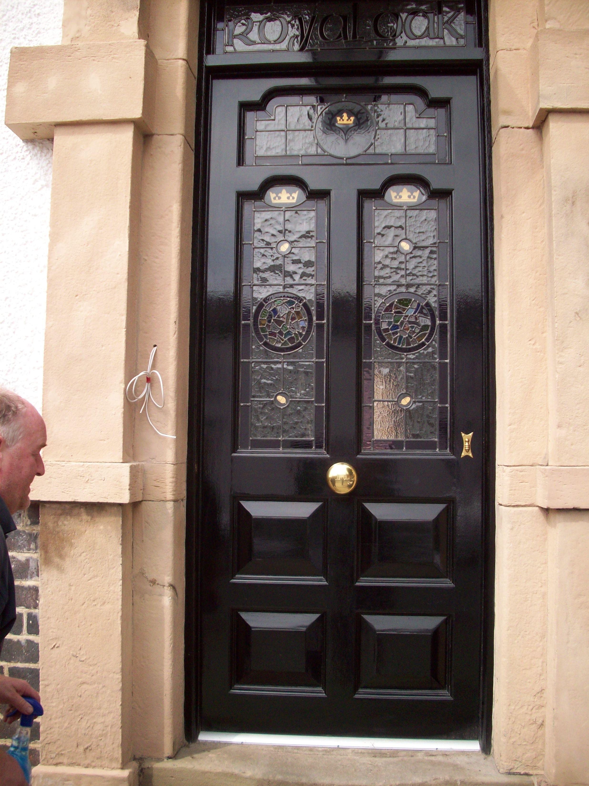 door knob in center of door photo - 12