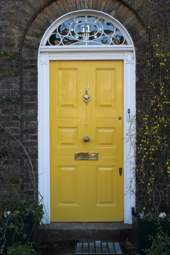 door knob in center of door photo - 9