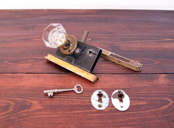 door knob lock mechanism photo - 18