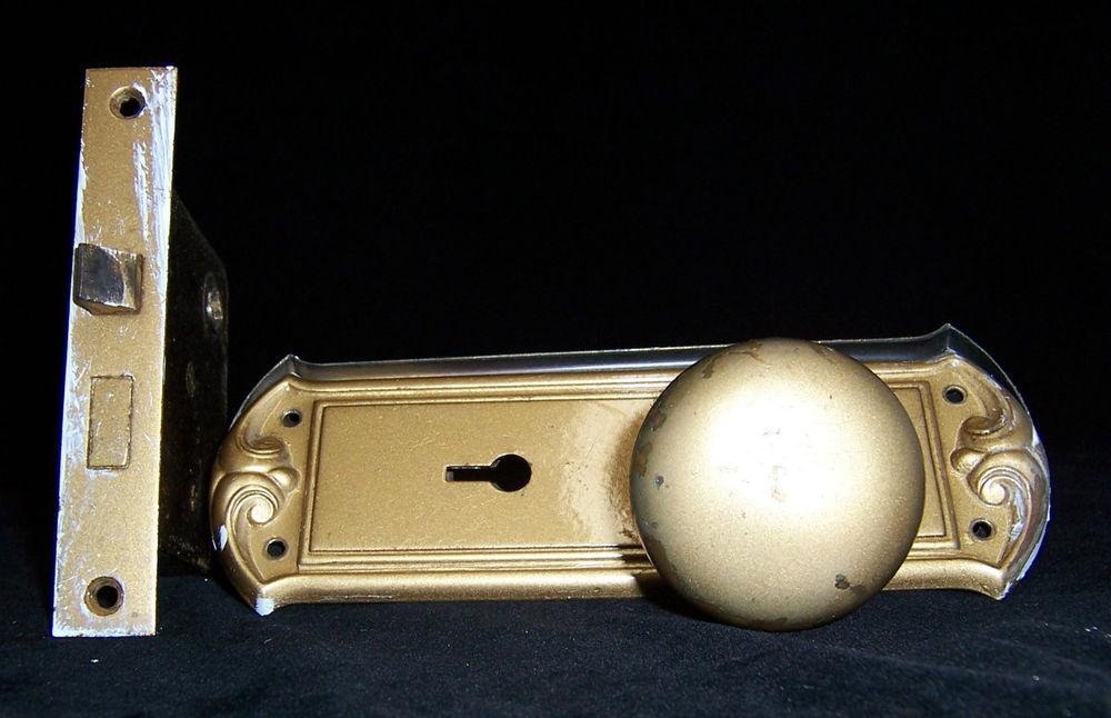 door knob mechanism photo - 14