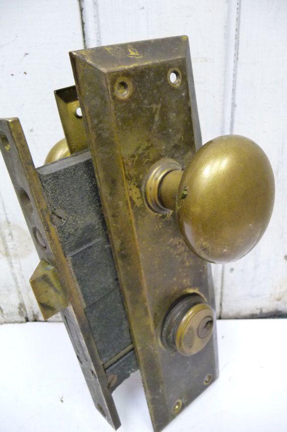 door knob mechanism photo - 16