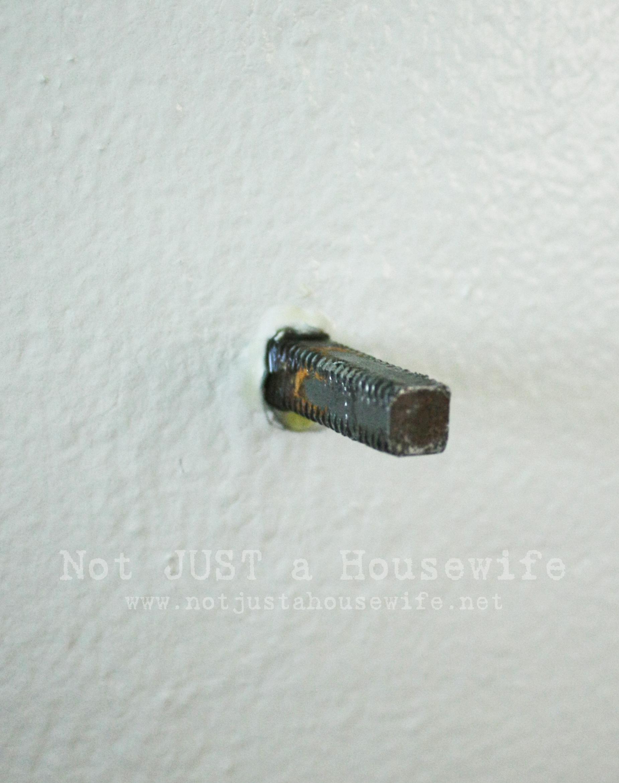 door knob screw photo - 5