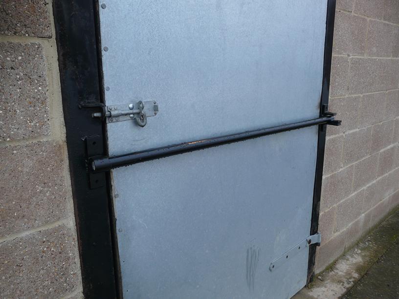 door knob security bar photo - 15