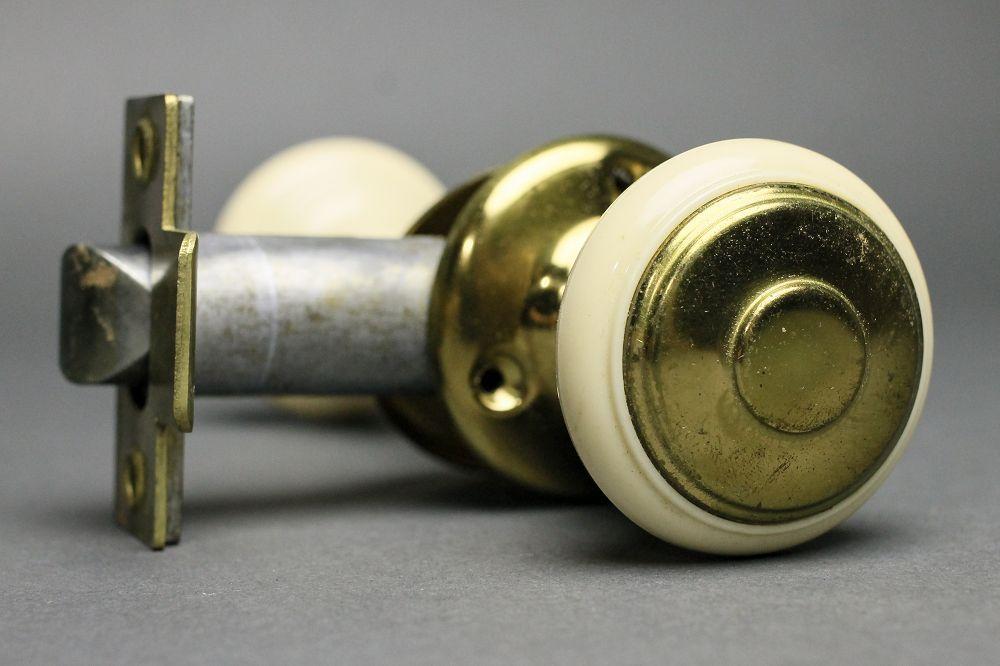 door knob set photo - 2