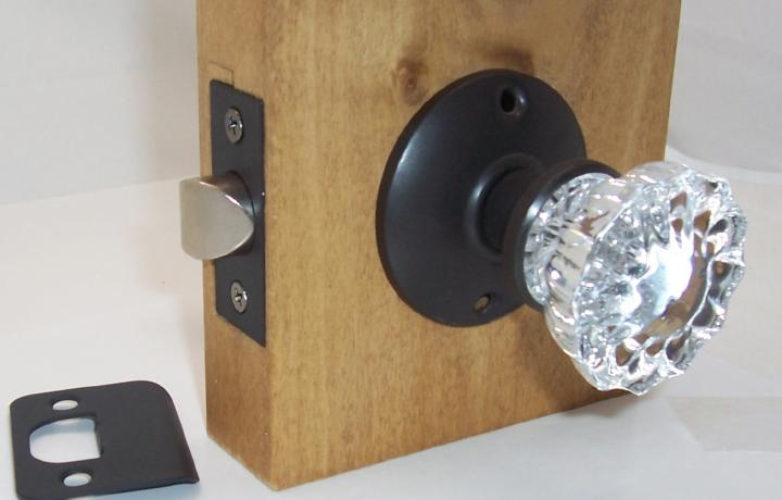 door knob set screws photo - 17