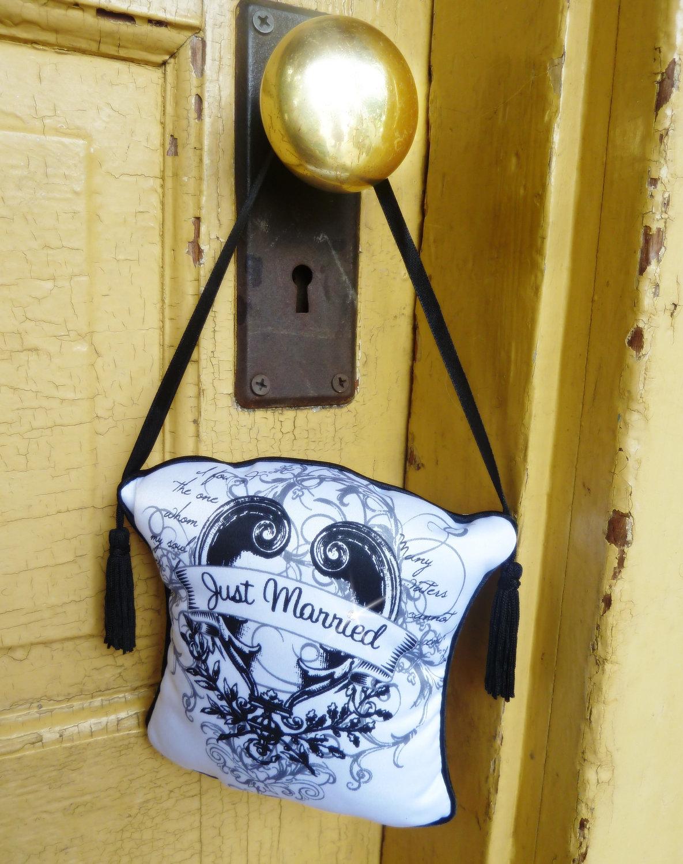 door knob sign photo - 12