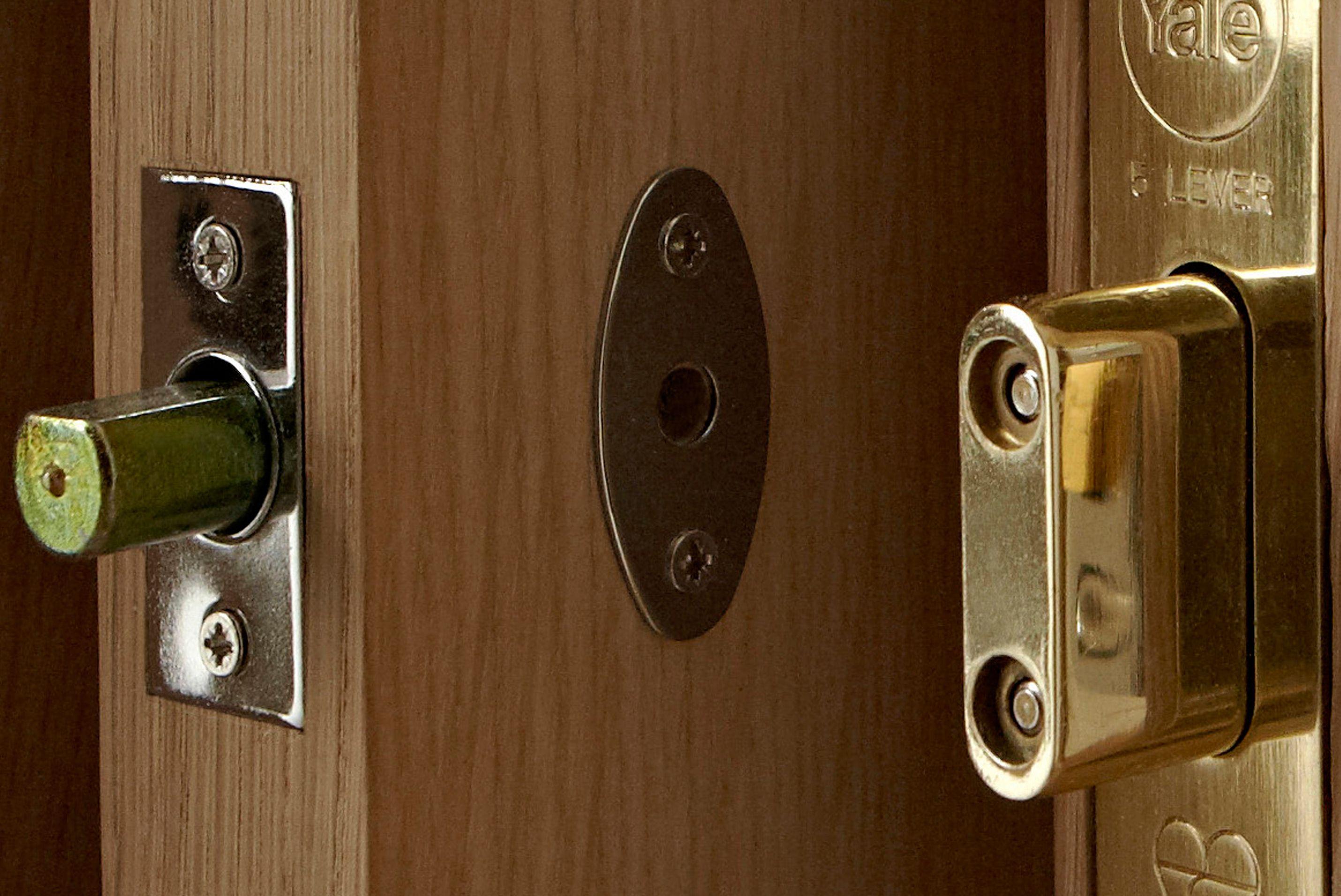 door knob with deadbolt photo - 2