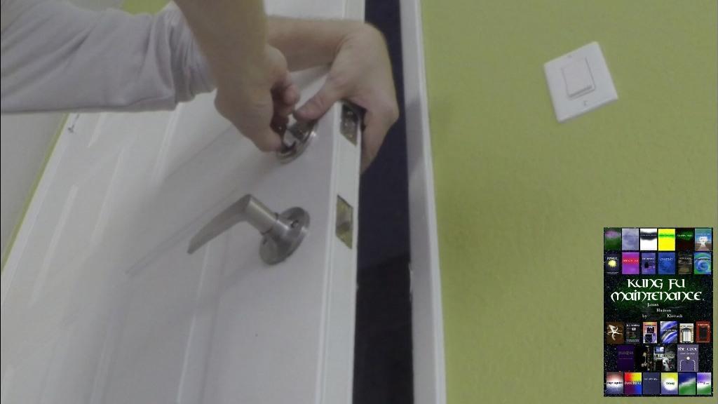 door knob with deadbolt built in photo - 10