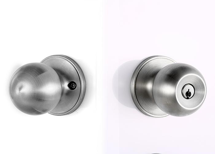 door knob with key lock photo - 2