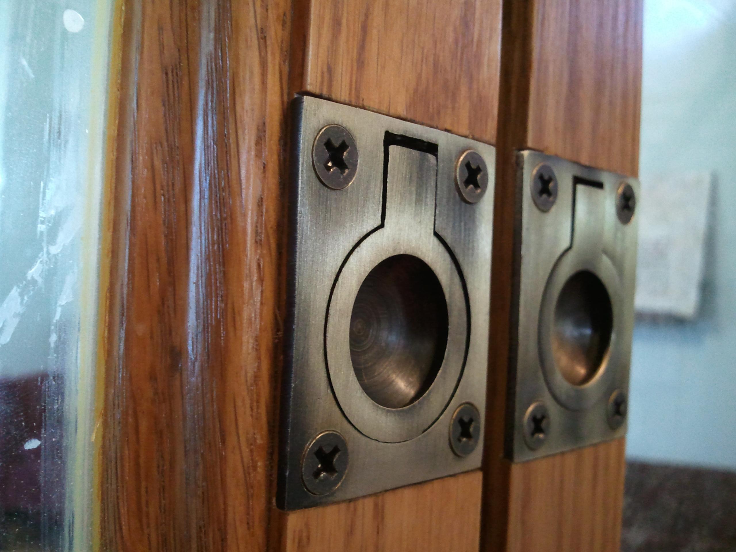 door knobs for bifold doors photo - 1