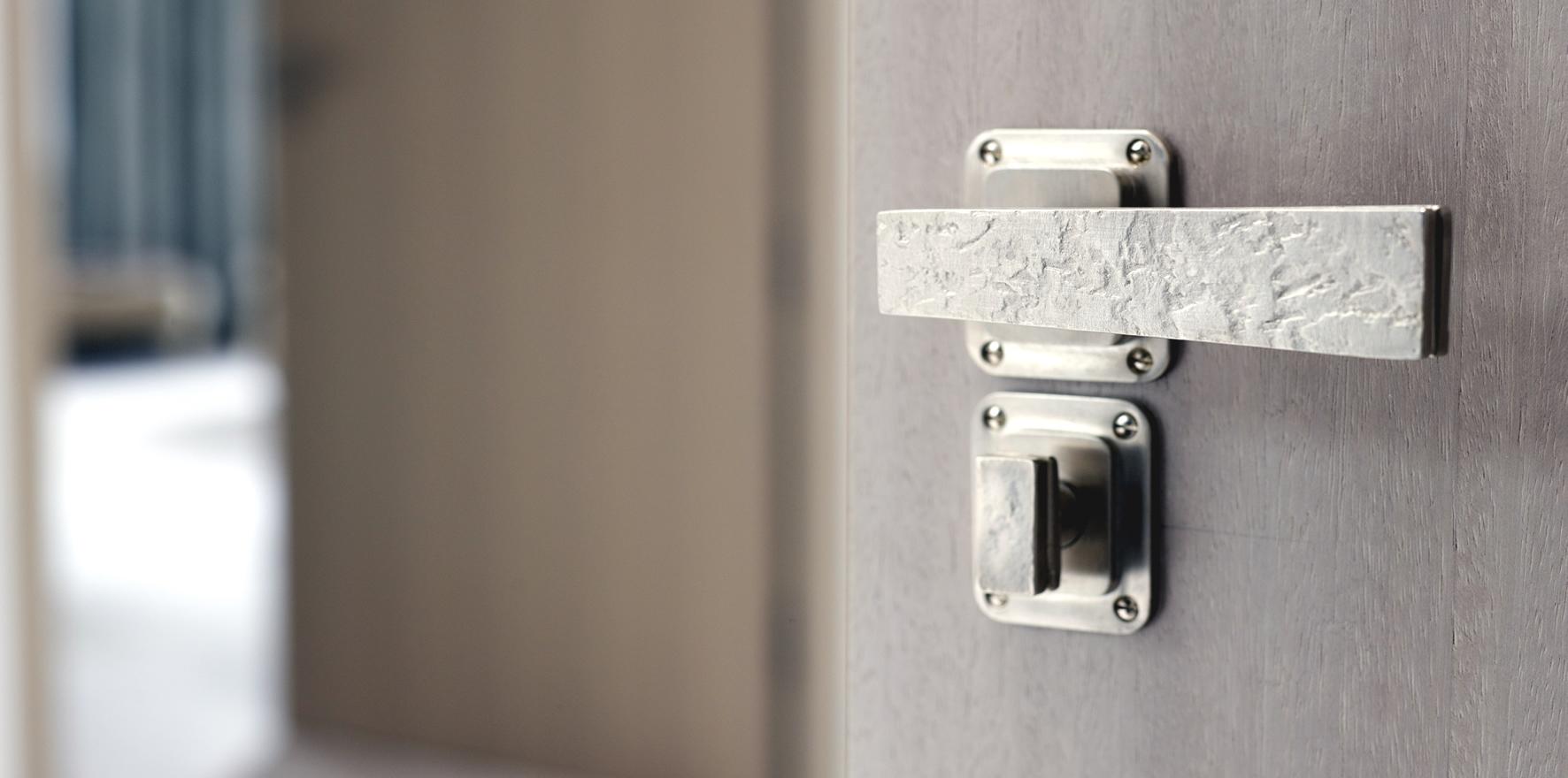door knobs for double doors photo - 12