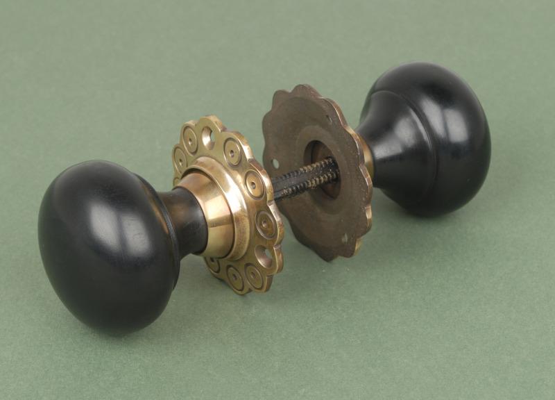 door knobs with backplates photo - 13