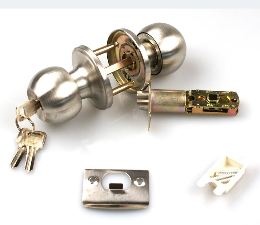 door knobs with keys photo - 9