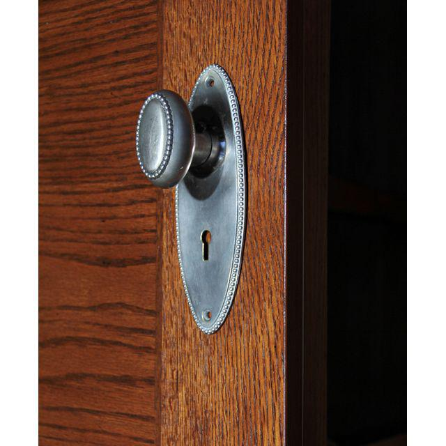 door plates and knobs photo - 13