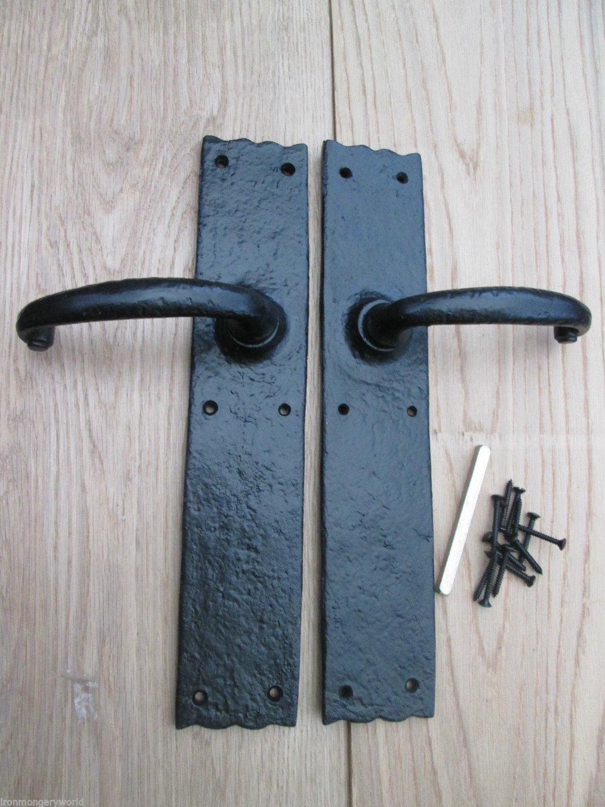 doors and knobs hardware photo - 16