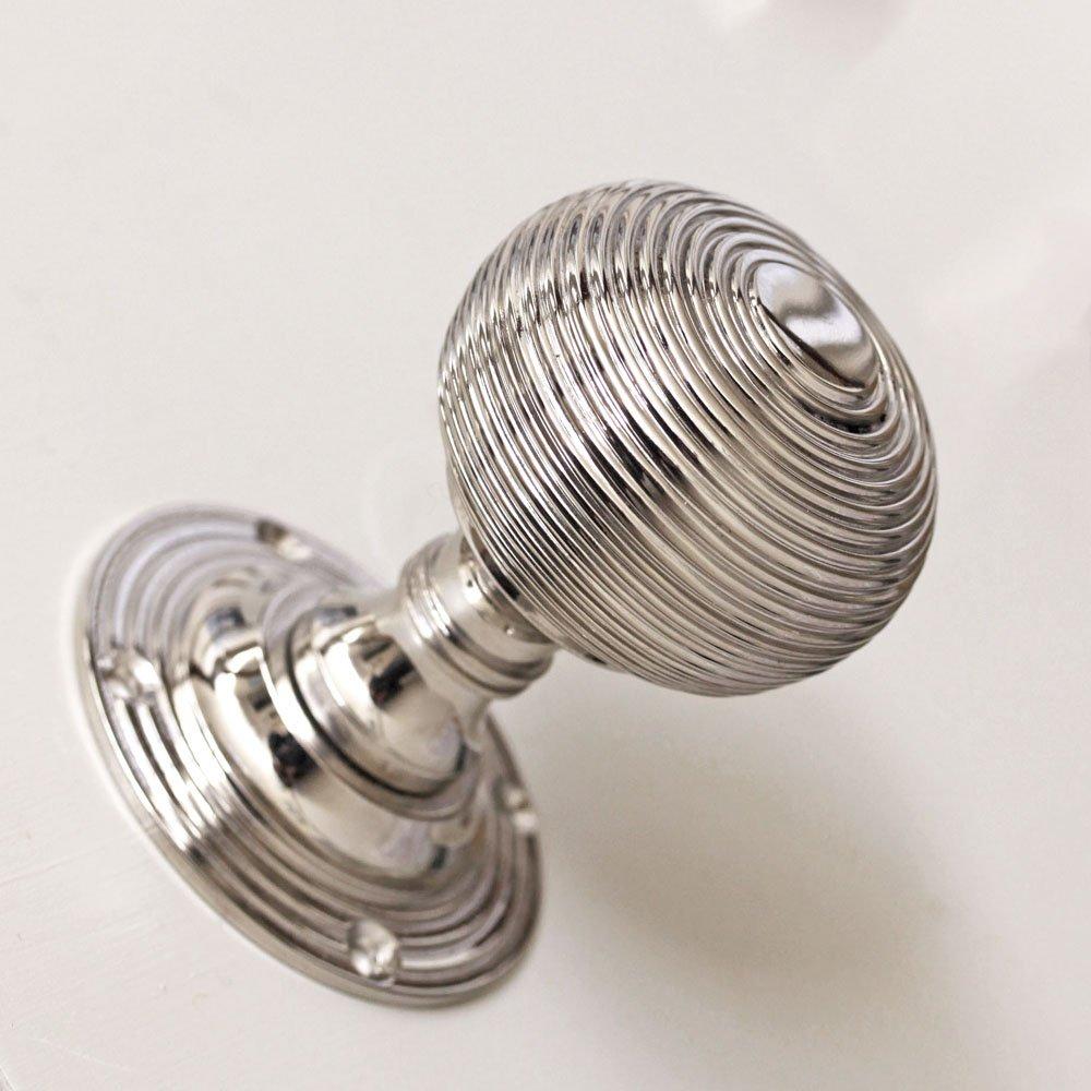doors knobs and handles photo - 14