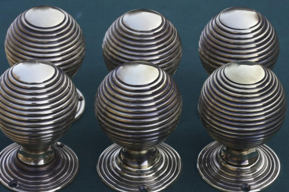 fitting door knobs photo - 10