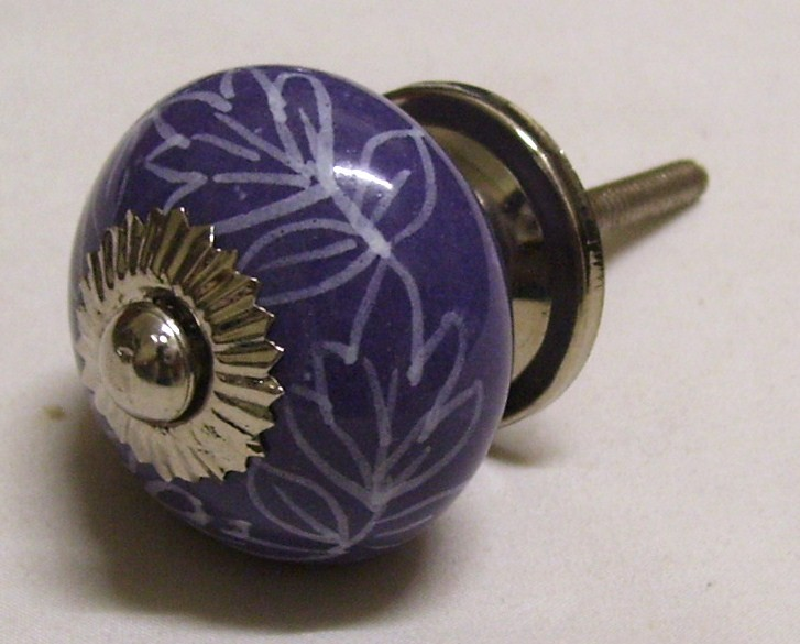 fitting door knobs photo - 13